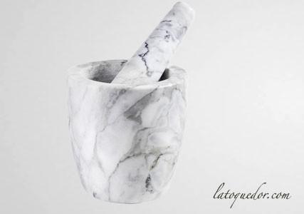 Mortier à épices en marbre gris