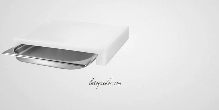 Planche à découper en polyéthylène avec tiroir inox