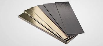 Semelles bûches bords festonnés or et noir (x50)