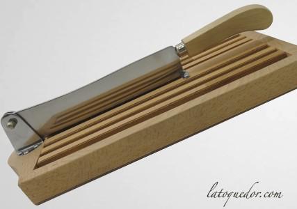 Coupe pain avec planche ramasse miette